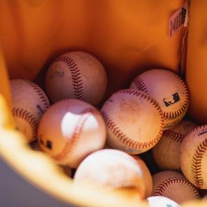 MLB 投手の高粘着物使用、取り締まり厳格化へ 誰が出場停止になるのか?