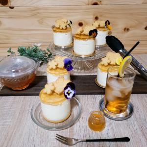 ハチの巣のレアチーズケーキ