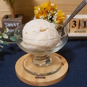 桃とマスカルポーネのアイスクリーム