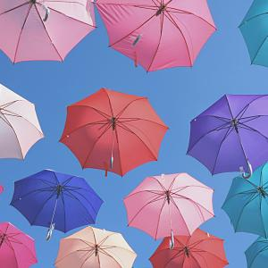 梅雨に負けない!【便利グッズ12選】雨の日を快適に楽しもう!