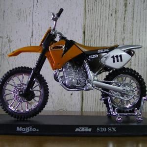 KTM 520SX・・・♪