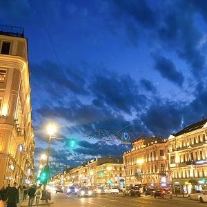 白夜到来!サンクトペテルブルクの夏至。