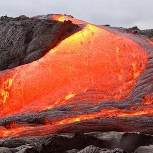 火山のお話 その5「火山から流れ出るもの」