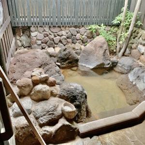 4種類の貸切風呂が格別だった『やすらぎの宿 由布』宿泊記