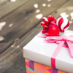 ルルドハンドケアを贈ろう。プレゼントにお勧めのマッサージ機。