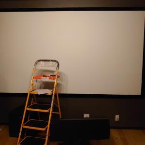 画面の大きさでドヤる!これが135インチスクリーンだ!