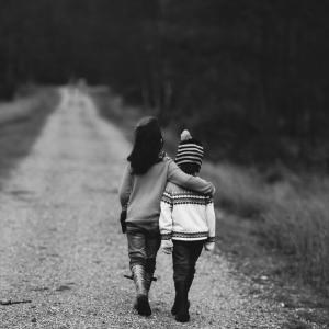 モラハラ夫と離婚で親権どうなる?収入がなくても親権を勝ち取る方法!