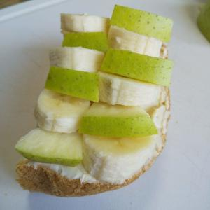 【青りんご+バナナ+クリームチーズ】トースト