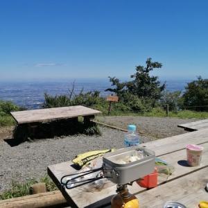 レビューバーナー使用感|ソロキャンプ、登山のランチはメスティンでカップ麺を