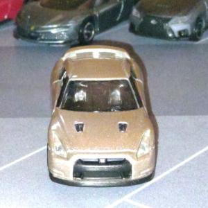 NISSAN GT-R (R35) [TOMICA] 2006 S=1/61