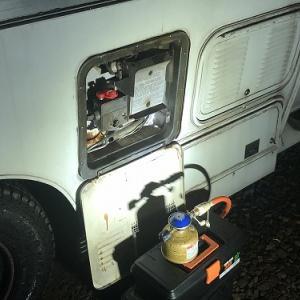 ガス温水器を、アウトドア缶で使用してみた。(^▽^;)