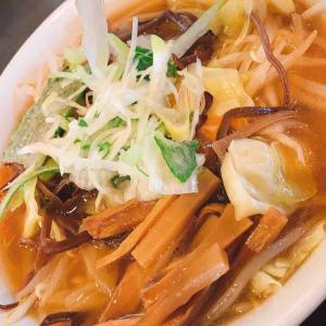 【昭和食堂】人気の麦トロサービス「野菜ラーメン」