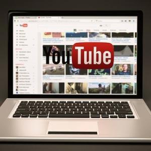 副業の発信や情報収集ならビジネス系youtuberがオススメ