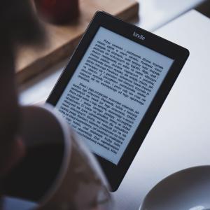 【必読!】Kindle Paperwhiteを実際に使用した結果、最高だった理由