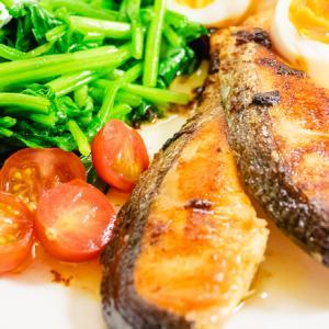 【糖質オフレシピ】鮭のバター醤油ソテー