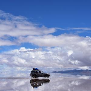 2018年ペルー・ボリビア旅行記 第34回 ウユニ塩湖探訪その2 晴天のウユニ塩湖。青い空と白銀の鏡