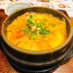 韓国料理と聞いて思わず吸い寄せられたランチタイム