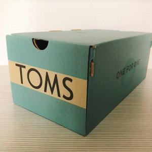 外反母趾でも履きやすい!TOMS(トムス)の靴