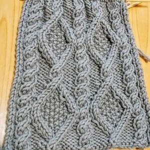 数年ぶりのアラン編み