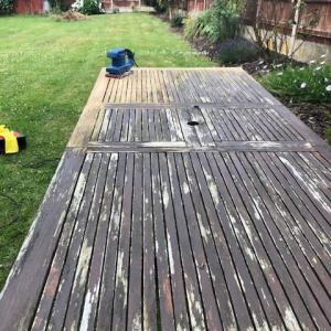 ローカルロックダウン3週目(7月13日~7月19日頃) – ガーデンテーブルの修復とローカルロックダウンのアップデート