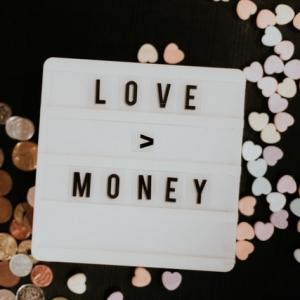 お金のお恥ずかしい話。