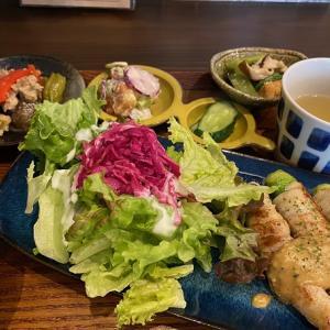 伊丹市中央、あんず食堂にて野菜たっぷりなランチ!
