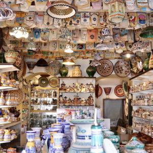 スペインで出会った素敵な陶食器のお店