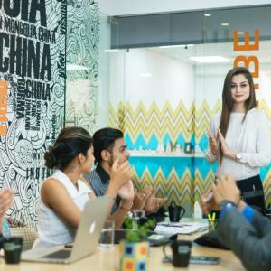 男性の多い職場・女性の多い職場それぞれの特徴と注意点【自己対策】