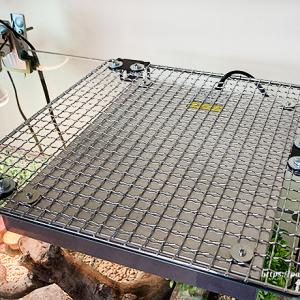カナヘビ カナヘビ飼育(越冬編)蓋なしガラス水槽への暖突の取り付け方~ぴったり取り付ける!