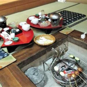渓山亭 夕食は囲炉裏料理
