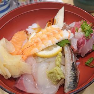 えびす海鮮丼¥590【魚河岸のすし】♥️プレモル生ビール198円【Uo魚】@神戸市長田区