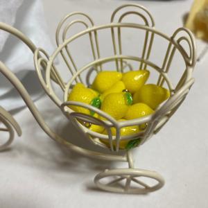レモンが届かない(´°̥̥̥̥̥̥̥̥ω°̥̥̥̥̥̥̥̥`)