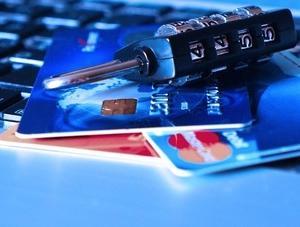 ブラックリスト クレジットカード 更新