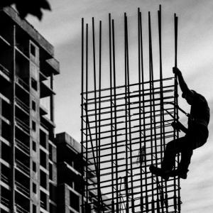 「建設は死闘、破壊は一瞬」という言葉は生きている限り忘れずにいたい