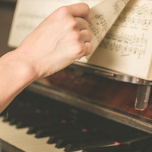 ピアノ講師の私が匿名でブログをする理由