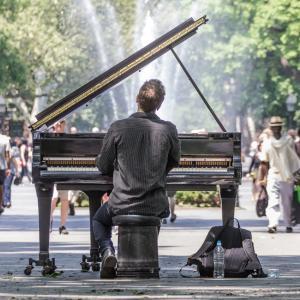 男の子にピアノを習わせるのはどう思いますか?