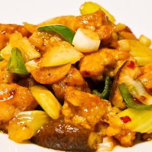 四川料理特有の味わいを一気に楽しめる一品 大千鶏