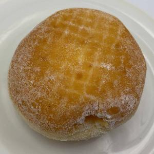 見た目以上にあっさり軽い。でも甘さはしっかりのミスド定番ドーナツ