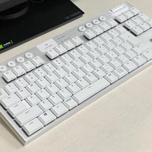 ロジクールG913 TKL レビュー・超薄型でゲーミングに特化したテンキーレスキーボード・打鍵感には疑問あり