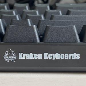 Kraken Pro 60レビュー・作動点1.0㎜の銀軸を搭載した圧倒的に反応が早いゲーミングキーボード