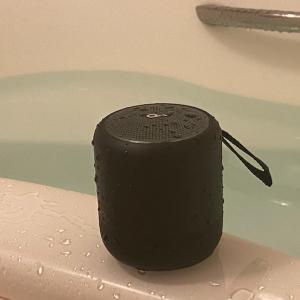 Anker Soundcore MINI3レビュー・お風呂スピーカーとして重宝するお手軽防水スピーカー