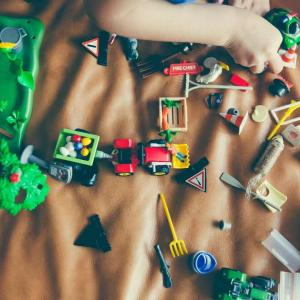 子どものおもちゃは無断で捨てない。増えるおもちゃの解決策。