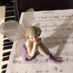 こんな1人の夜はジャズピアノ弾こう
