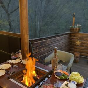 お家キャンプで雨でも楽しもう 別荘DIY