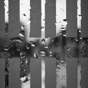 雨の日はどうやって撮影する?冴えない天気こそ絵になるモノクロスナップ