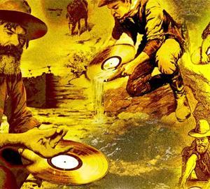 現代のゴールドラッシュ、土壌の90%に金が含まれる鉱脈が発見され民衆が群がる