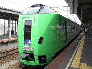 JR北海道で特急の車両火災が相次ぐのはなぜ?