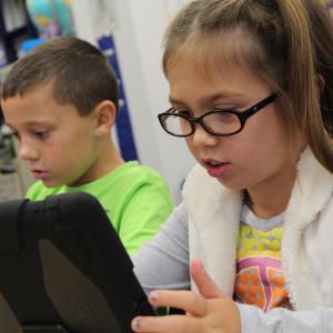【子供向けプログラミングパソコン】セガトイズのすみっコぐらしパソコン