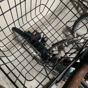 スモークを貼ったチンピラセダンに自転車を当てられた話。