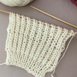 ブリオッシュ編み攻略 4回シリーズ 第3回「イギリスゴム編みを編む その2」